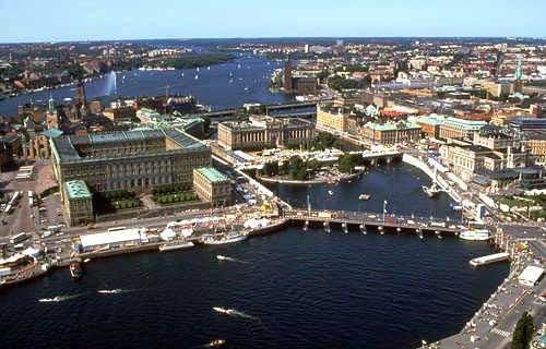 Le premier ministre suédois veut la retraite à 75 ans