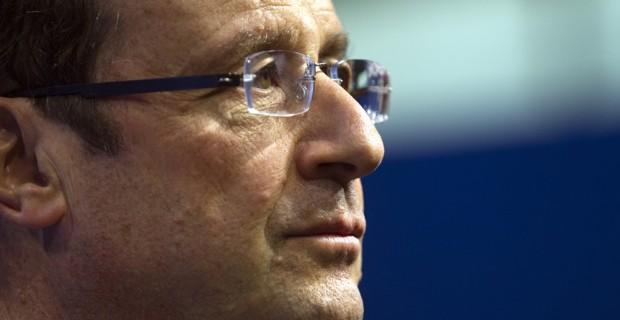 Hollande souhaite donner un coup de pouce au SMIC