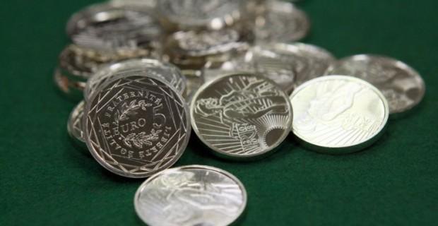 De plus en plus de personnes investissent dans les pièces en argent