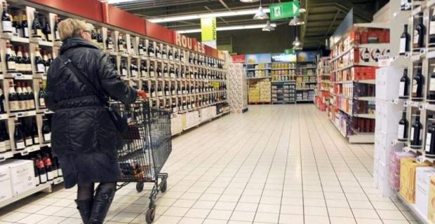 Consommation : Les Français puisent dans leurs épargnes