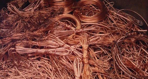 Le cours du cuivre grimpe malgré un marché en déficit