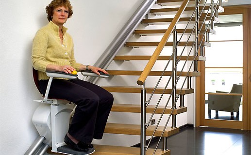 Quelles sont les aides au financement d'un monte escalier?