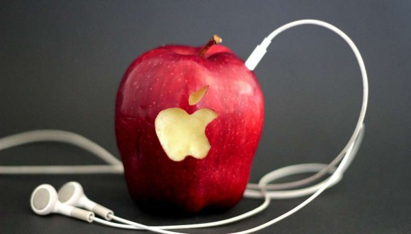 streaming Apple