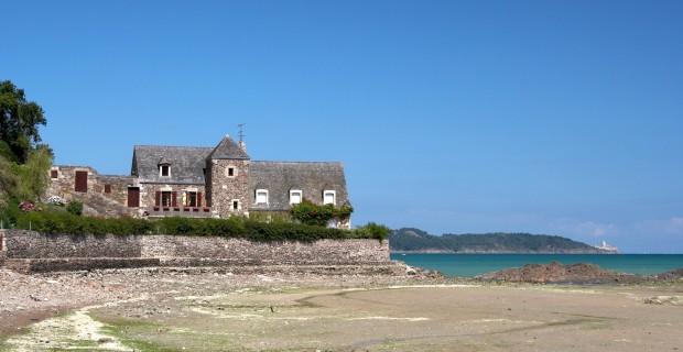Immobilier en Bretagne : faut-il acheter du neuf ou de l'ancien ?