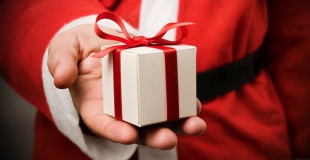 Comblez vos proches de cadeaux pour Noël avec un prêt d'argent rapide