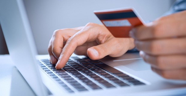 Comment passer à la banque en ligne : ouverture de compte et fonctionnement
